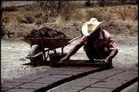 Making Bricks & Roof Tiles: Mexico